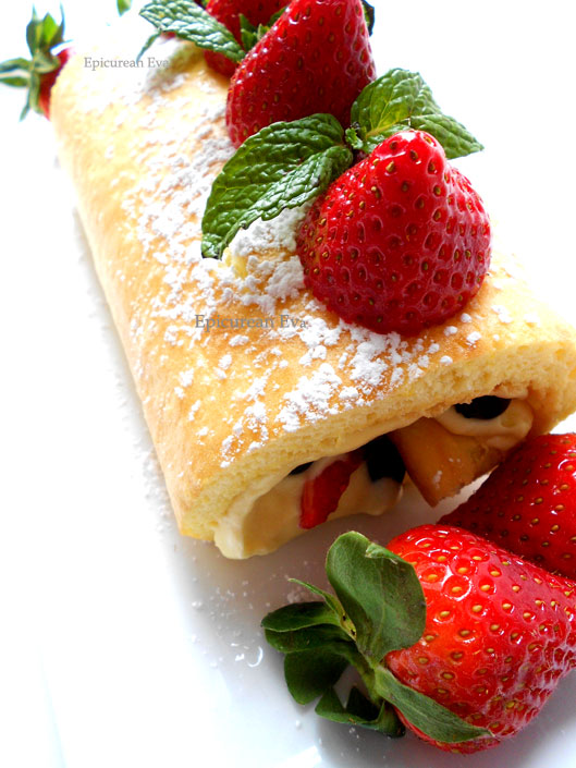 Berry-Roulade-whole-1-web