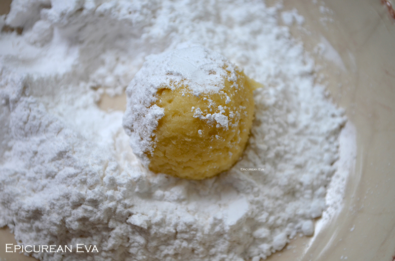 Cookie-dough-in-sugar-web