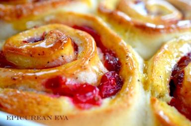 Baked-cran-bunweb