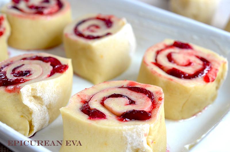 Unbaked-cranberry-buns-sm-web