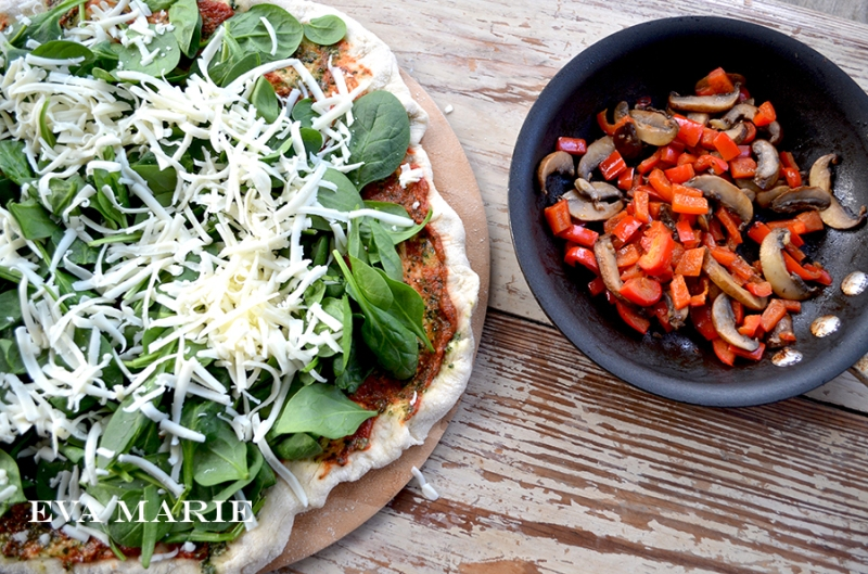 spinach-pizza-and-peppers
