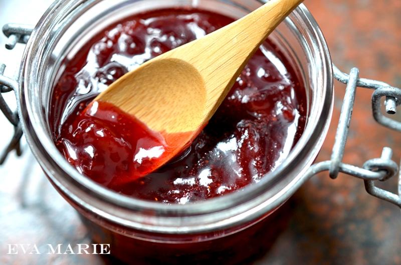 strawberry-jam-web